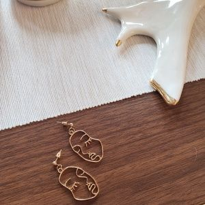 Abstract Face Earrings Gold Tone Art Unique
